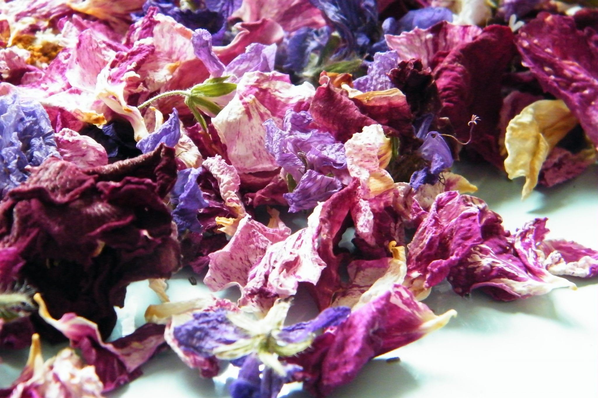 Natural dried flower petal wedding confetti dried flower for Dried flowers for crafts